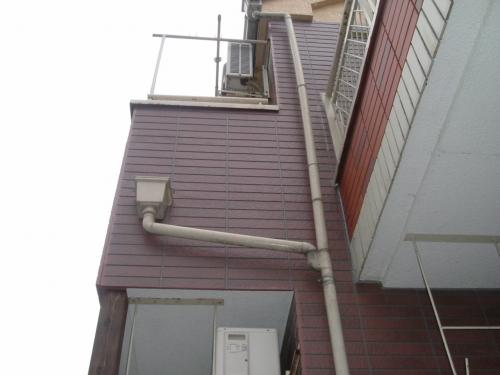 白蟻よさようなら・・・アパートの外壁・白蟻工事